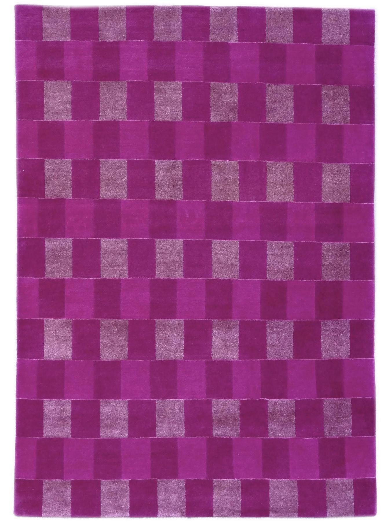 Design tapijten - CARAT - S4442 VIOLET