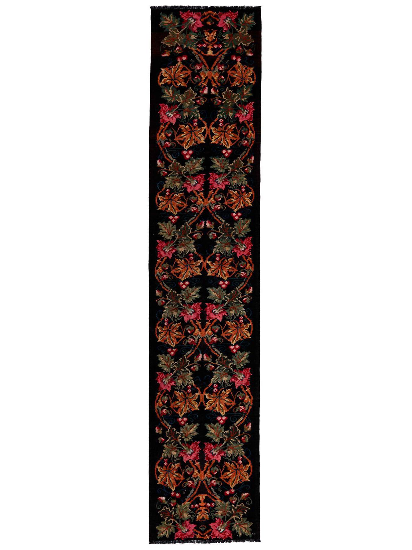 Traditional kilims - Rose Kilim Old