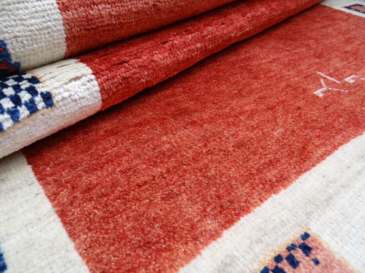 Gabbeh imanlou etnische tapijten n 2528 218x149cm - Etnische pouf ...