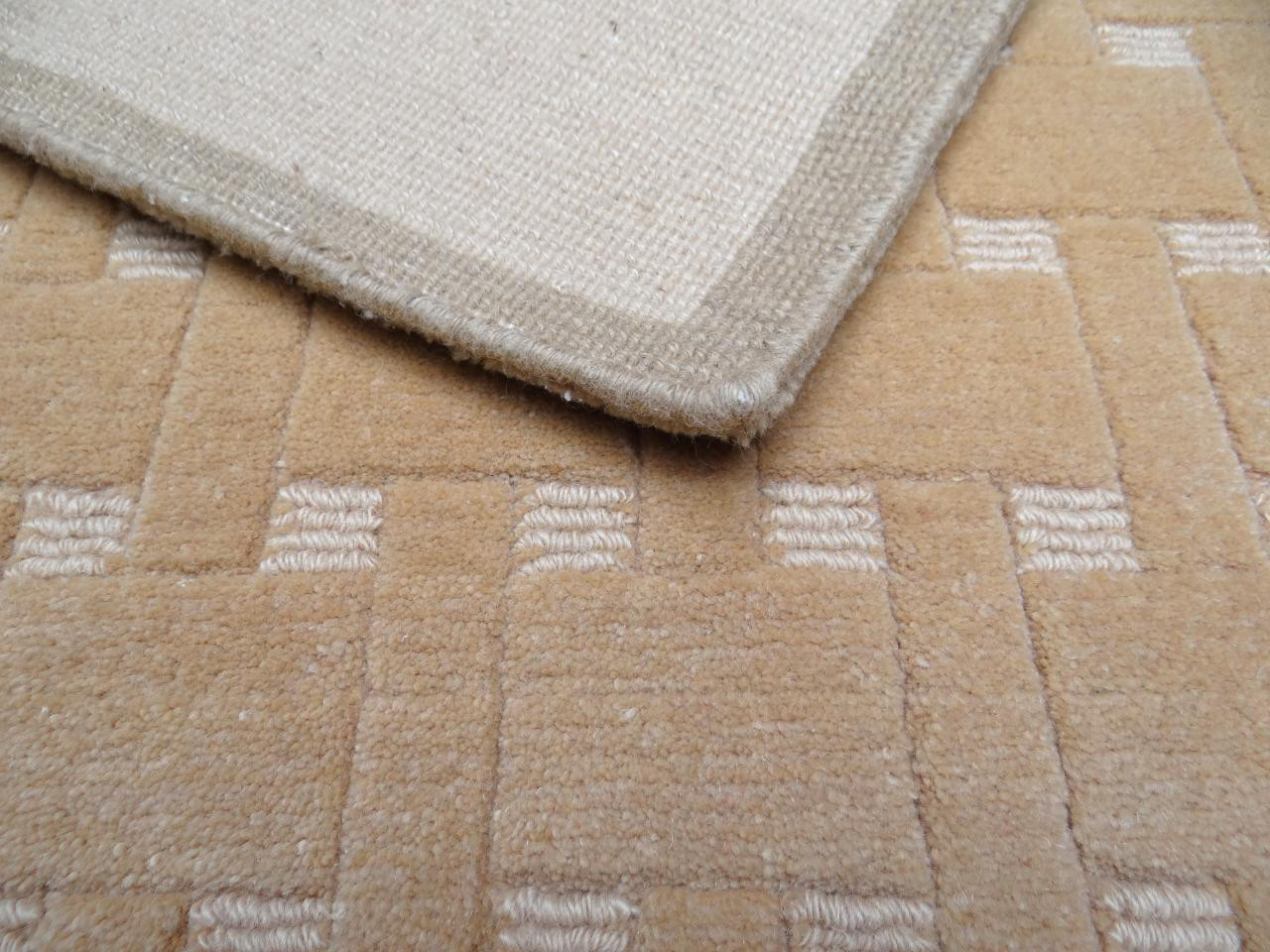 Zen 2 5505 Design Carpets N231 140x70cm