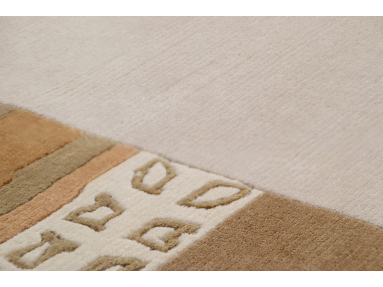 avantis sable tapis bordures n 1887 300x80cm. Black Bedroom Furniture Sets. Home Design Ideas