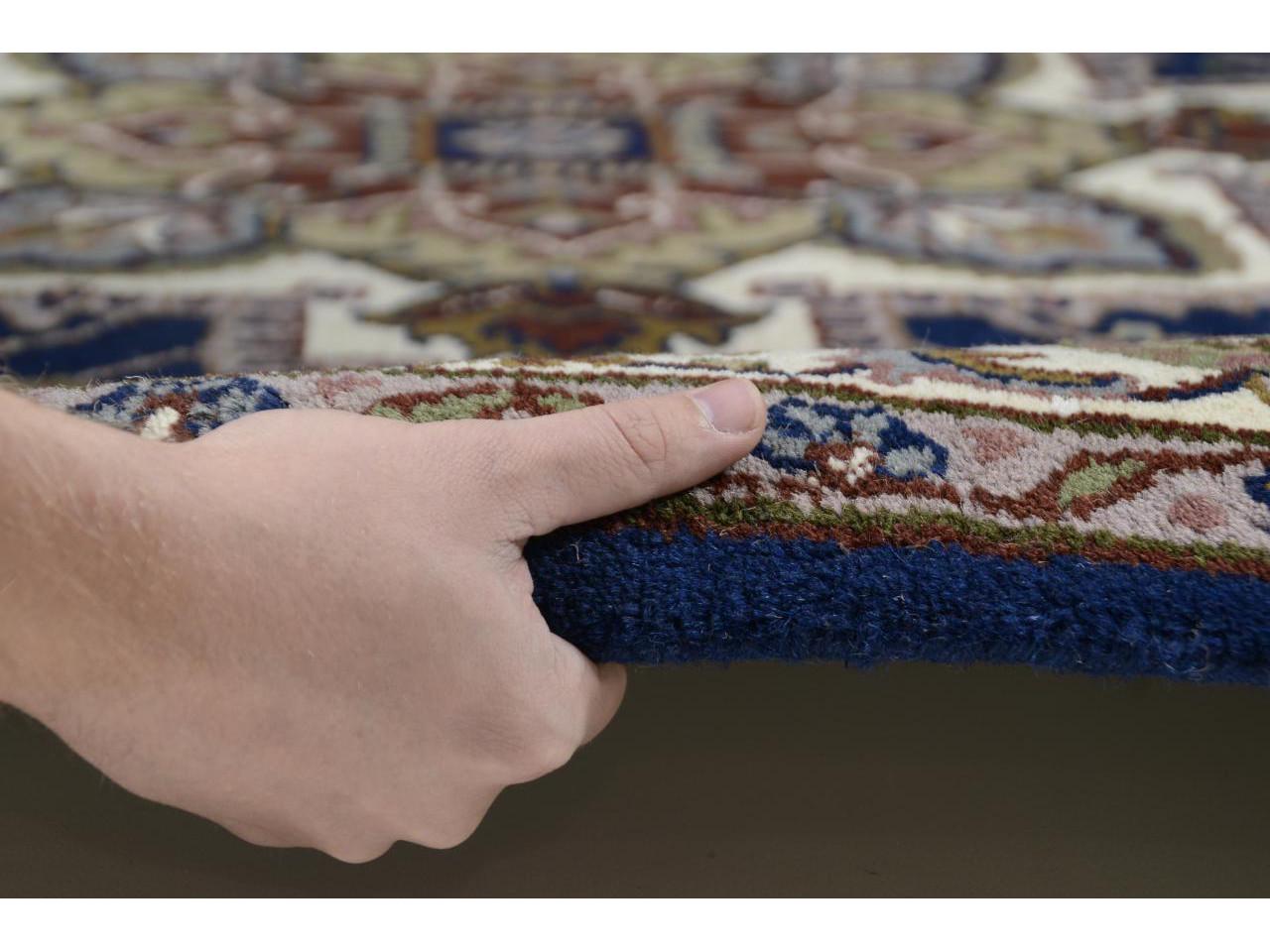 imp rial heriz bleu tapis classiques n 2028 180x120cm. Black Bedroom Furniture Sets. Home Design Ideas