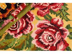 Kilim Floral Roses Old 283x183
