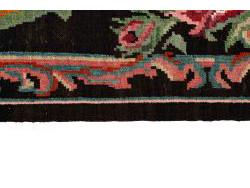 Kilim Floral Roses Old 327x201
