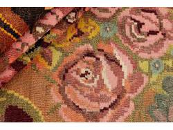 Kilim Floral Roses Old 301x194