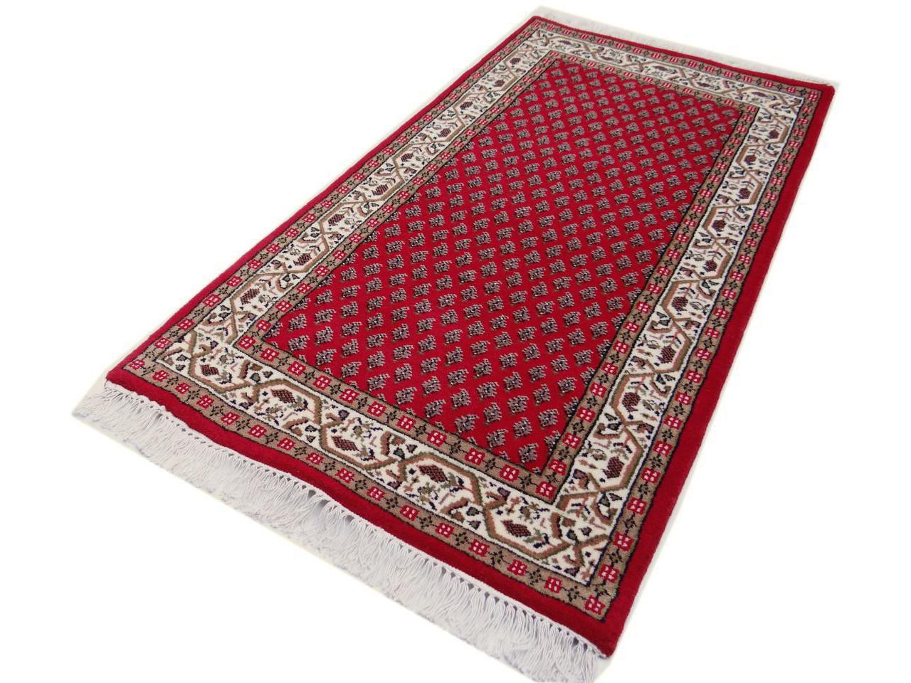 varanasi mir rouge cr me tapis classiques n 2115 140x70cm. Black Bedroom Furniture Sets. Home Design Ideas